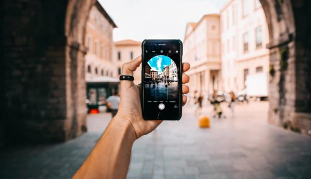Top 10 Best Photo Editing Apps for Android and IOS in 2020